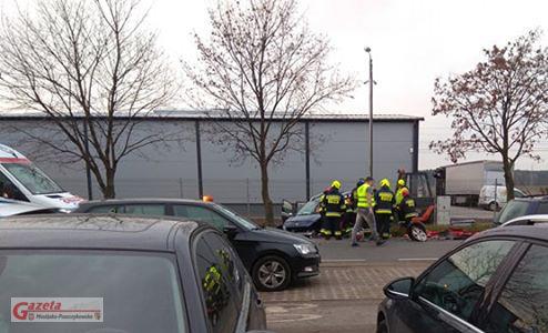 wypadek w Krośnie - akcja straży pożarnej