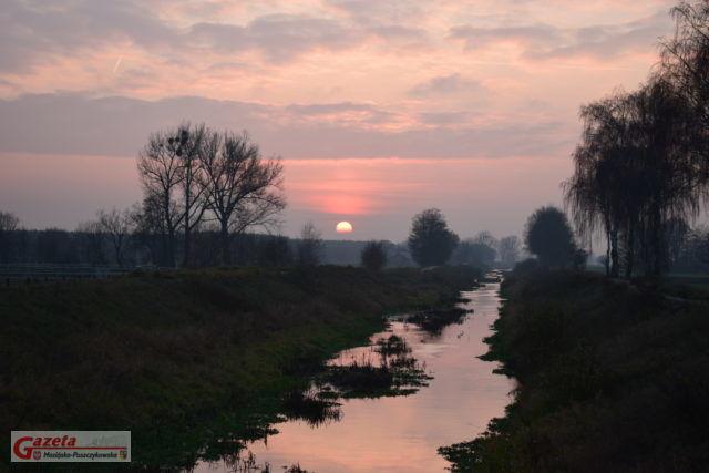 Zachód słońca nad Kanałem Mosińskim
