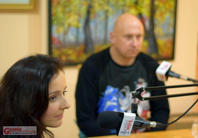 Ewa Kazimierska i Tomasz Rybarczyk (w tle)