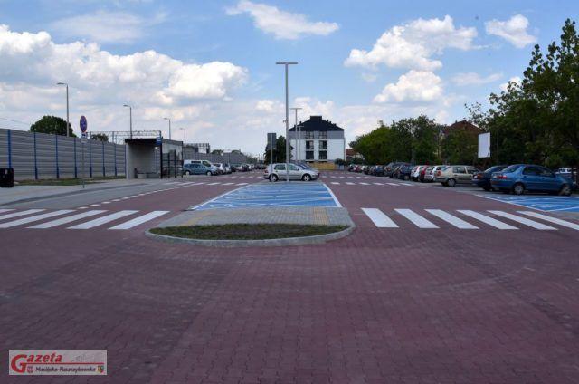 Czempiński Węzeł Przesiadkowy - parking