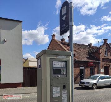 Parkomat przy ulicy Poznańskiej w Mosinie