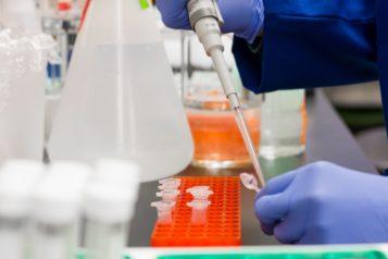 badania laboratoryjne na obecność wirusa