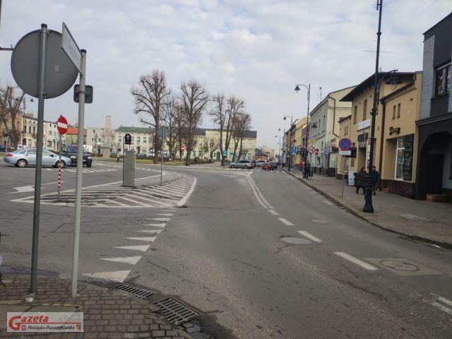 plac 20 pazdziernika w Mosinie