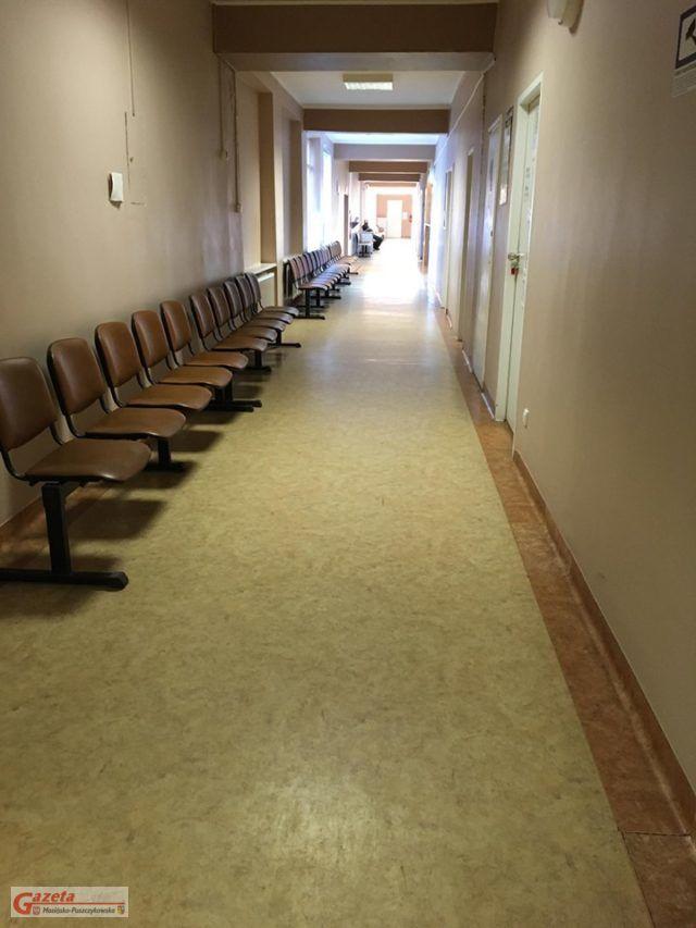 szpital puszczykowo - korytarz