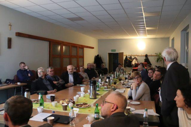 """Debata: """"Porozumienie Lokalne Doliny Głuszynki"""" fot. Stowarzyszenie Lepsze Daszewice"""