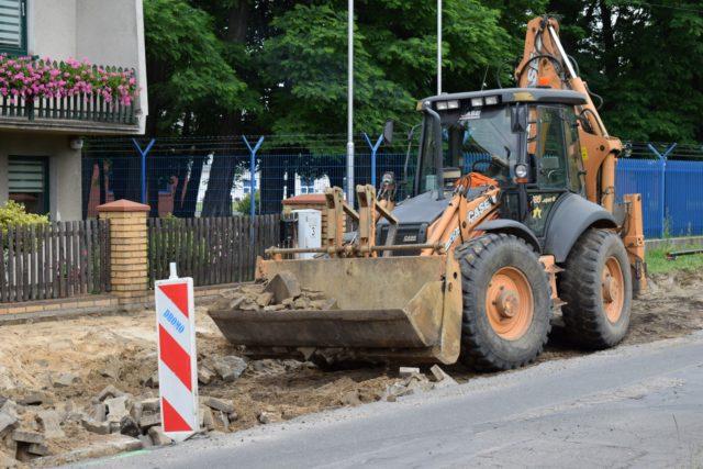 Trwa remont ulicy Sowinieckiej w Mosinie
