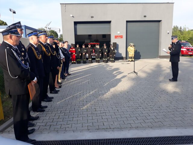 Przywitanie gości przez Prezesa OSP Puszczykowo dh Gniewka Niedbałę