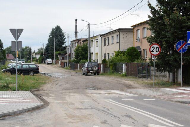 ulica Żeromskiego w Mosinie - ograniczenie do 20 km/h