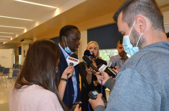 Dr Amadou Diakite szef bloku operacyjnego Szpitala w Puszczykowie