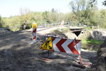 Remontowany most nad Kanałem Mosińskim