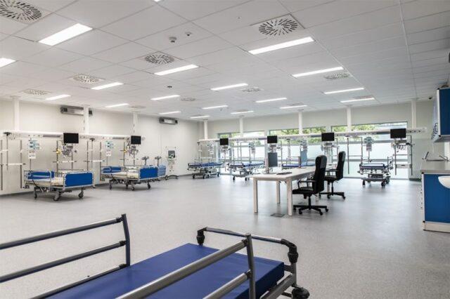 Szpital w Puszczykowie - nowy blok operacyjny - sala