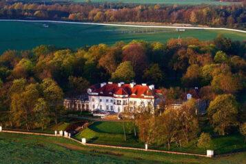 Pałac w Sowińcu - widok z lotu ptaka
