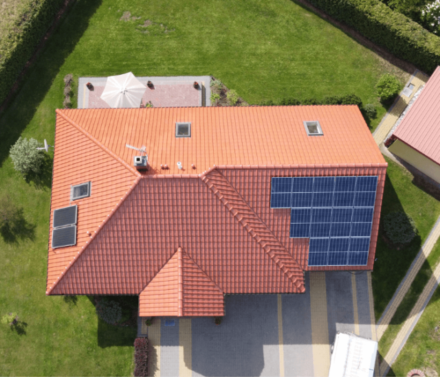 Fotowoltaika SunErgo - instalacja fotowoltaiczna na dachu