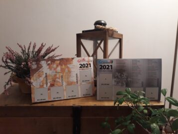 kalendarze na biurko 2021 z reklamami - Gazeta Lubońska i Gazeta Mosińsko-Puszczykowska