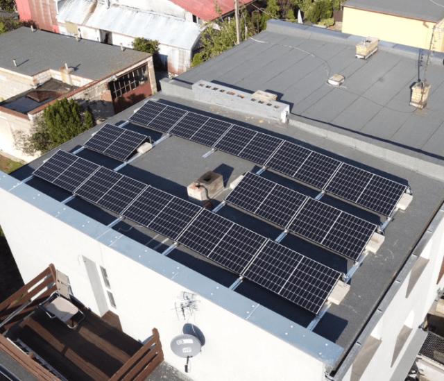 SunErgo - panele fotowoltaiczne na dachu budnyku