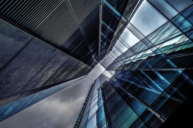 wieżowiec - obiekt biurowy