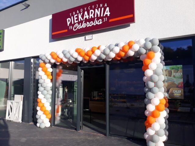 Centrum Handlowe Łęczyca - piekarnia OSKROBA