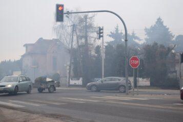 Smog przy ulicy Wawrzyniaka w Mosinie