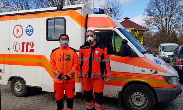 ambulans Fundacji Akceptacja przy mosińskiej Jadłodzielni