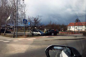 Zdarzenie w Krosinku z udziałem nietrzeźwego kierowcy