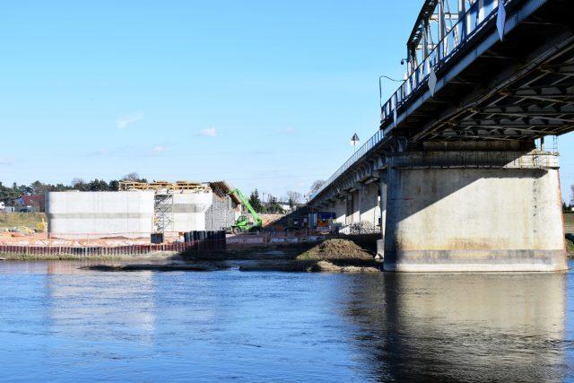 Most w Rogalinku - po lewej stronie powstanie nowy most