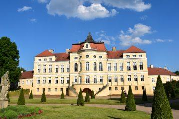 Pałac w Rogalinie - widok od strony ogrodu