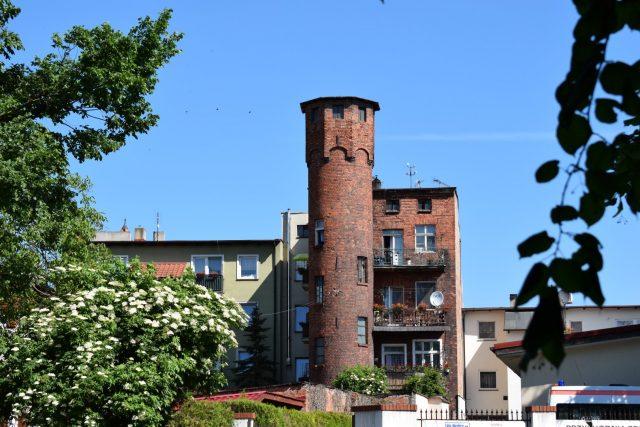 Kamienica z wieżyczką w Mosinie