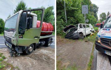 Wypadek busa z szambiarką na trasie Mosina - Luboń fot. OSP Mosina